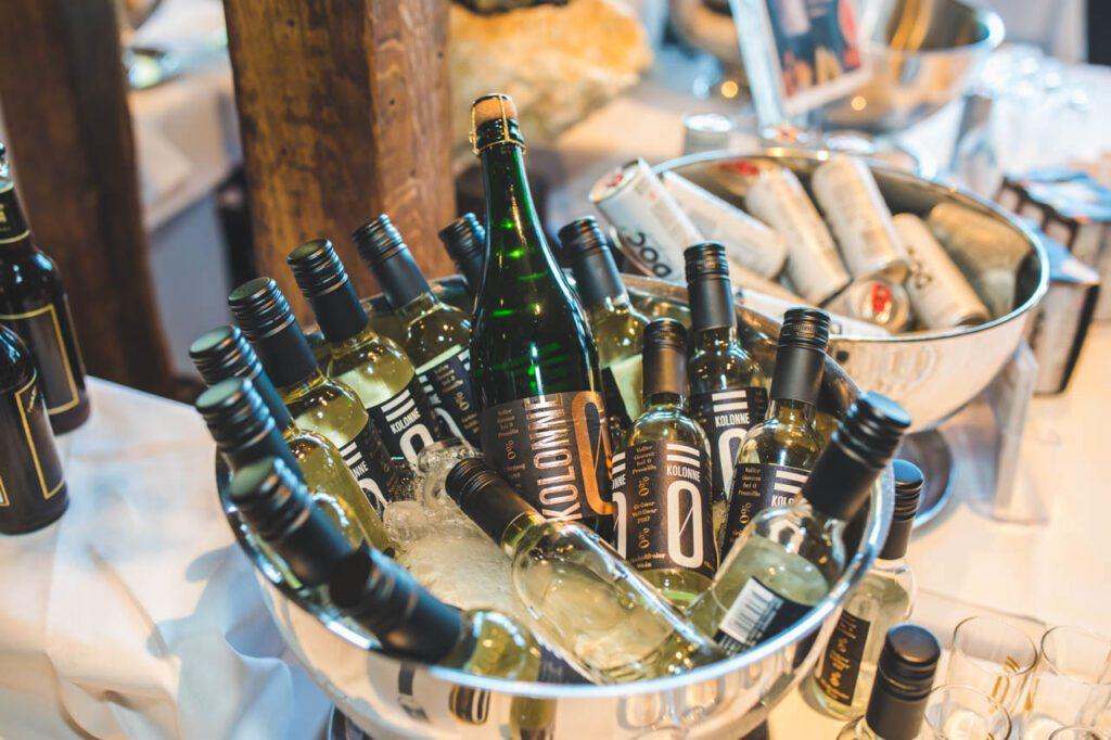 Alkoholfreier Wein und Prosecco von Kolonne Null
